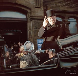 Colourised Photos From History image 3