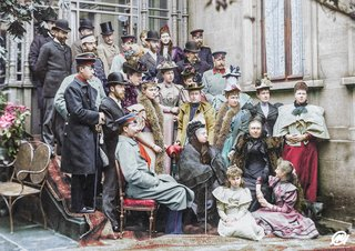 Colourised Photos From History image 7