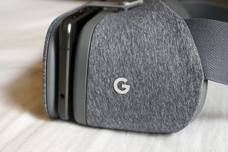 11 Daydream-ready VR smartphones will arrive soon, says Google