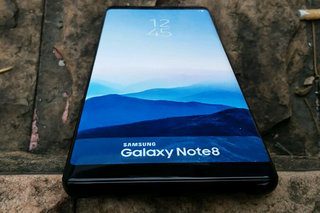 Design de Samsung Galaxy Note 8 illustré dans les photos de l'unité factice