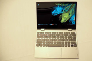 Lenovo Yoga 720 12-inch review image 4
