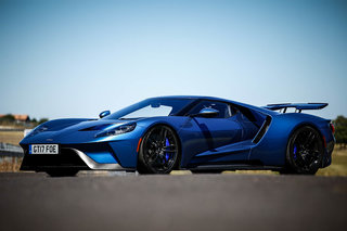Ford GT review image 2