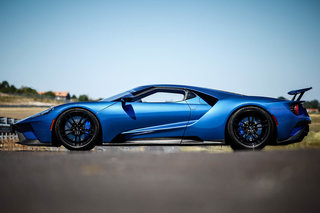 Ford GT review image 3