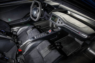 Ford GT interior image 2