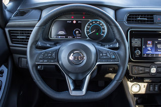 Nissan Leaf review interior image 8