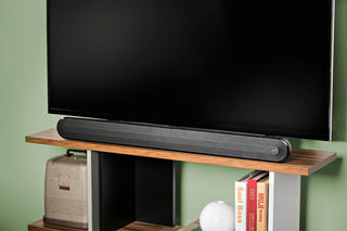 Polk Audio Signa Solo is an inexpensive way to boost your TV's sound