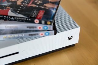 Xbox One 4K movie prices plummet, thanks mainly to Apple