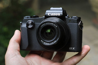 Canon G1 X Mark III is the first compact with an APS-C sensor and optical zoom