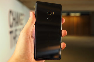 Xiaomi Mi Mix 2 review image 3
