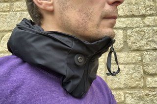 The Hovding 2.0 cycle airbag really can replace your bike helmet