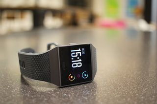 Fitbit Ionic price reduction to £249 remains, save £50 on this smart fitness watch