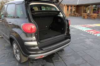 Fiat 500L review image 11