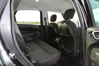 Fiat 500L review image 12