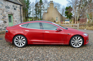 Tesla Model S 100D review image 8