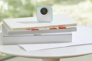 Google starts selling its Clips AI camera on Google Store... sort of