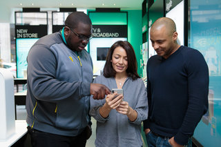 EE will teach parents how to set parental controls on devices