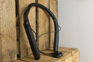 Best noise-cancelling headphones The best phones to block out external sounds image 8