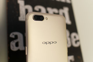 Oppo teases R15 design, notch and all