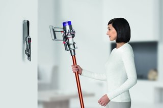 Dyson To Stop Developing Corded Vacuum Cleaners Says New V10 Cordless Model Is The New Future image 2