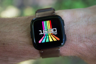 fitbit versa review image 1