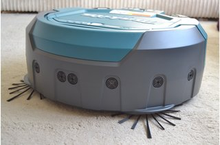 Makita DRC200Z robot vacuum review A cleaning powerhouse that goes and goes image 4