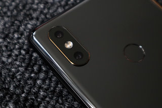Xiaomi Mi Mix 2S review image 3