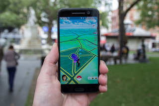 Pokemon Go rewarding players for litter picking on Earth Day