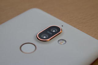 Best Nokia 7 Plus deals for 2019: 20GB data for £31/m on EE