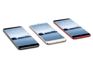 Meizu launches 15 smartphone series with dual cams OLED displays and no notches image 3