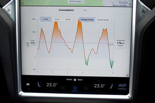Tesla Model X Interior screen image 4