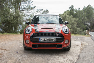 Mini Cooper S Hatch 2018 image 2