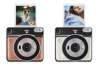 Fujifilm's Instax SQ6 camera turns you into a walking Instagram feed