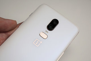 This is the OnePlus 6 Silk White in pictures, back in stock