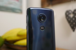 Moto G6 Play review: Big battery, small price