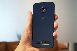 Moto Z3 Play review image 12