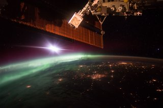 Amazing images from the International Space Station image 27