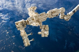 Amazing Images From The International Space Station image 41