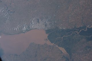 Amazing images from the International Space Station image 13
