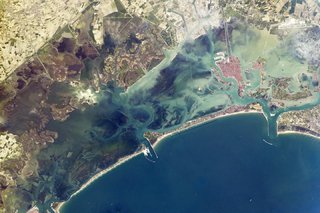 Amazing images from the International Space Station image 30