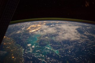 Amazing images from the International Space Station image 37