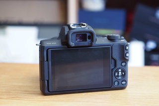 Canon EOS M50 review image 3