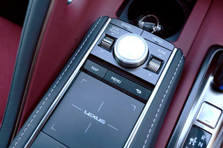 Lexus LC500 review interior and tech image 15