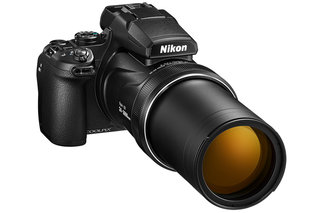 Nikon Coolpix P1000 packs 24-3000mm 'megazoom' lens