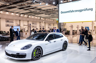 From Pokémon to Porsche How augmented reality is helping to build better cars image 1