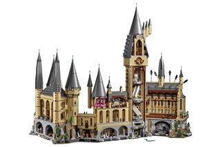 This insane 6000 piece Lego Harry Potter Hogwarts Castle can be yours from next month image 4