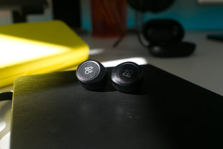Beoplay E8 hardware image 10