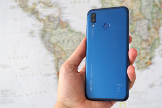 Honor Play review image 2