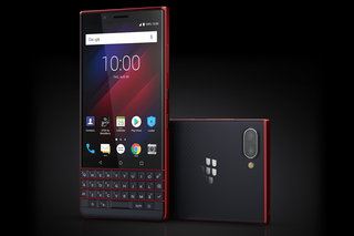 BlackBerry Key2 LE is a cheaper, more comfortable QWERTY phone for a wider market