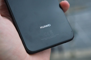 Huawei Mate 20 and Pro glass back tipped as wireless charger spotted
