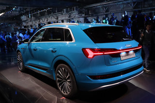 Heres the Audi e-tron in pictures image 4